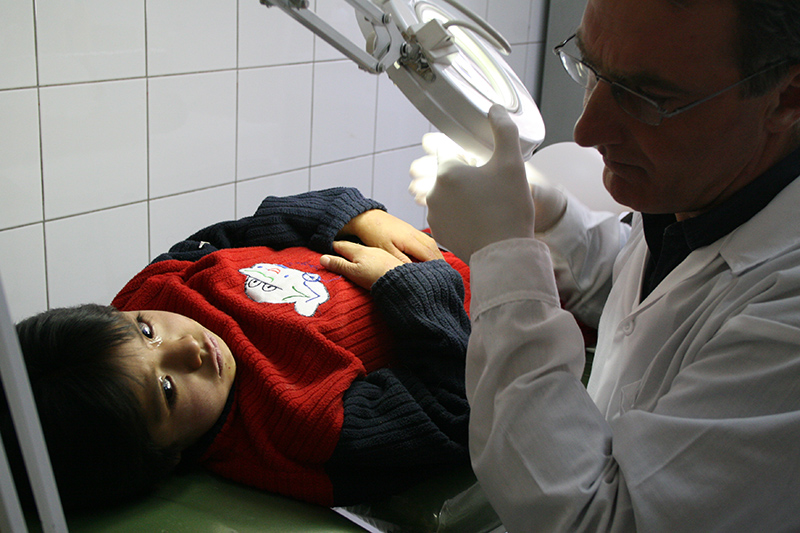 Visita da parte dei medici volontari dell'Associazione Apurimac.