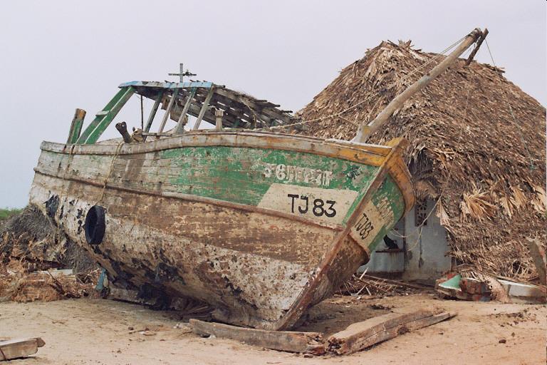 Il porto di Nagapattinam dopo lo tsunami
