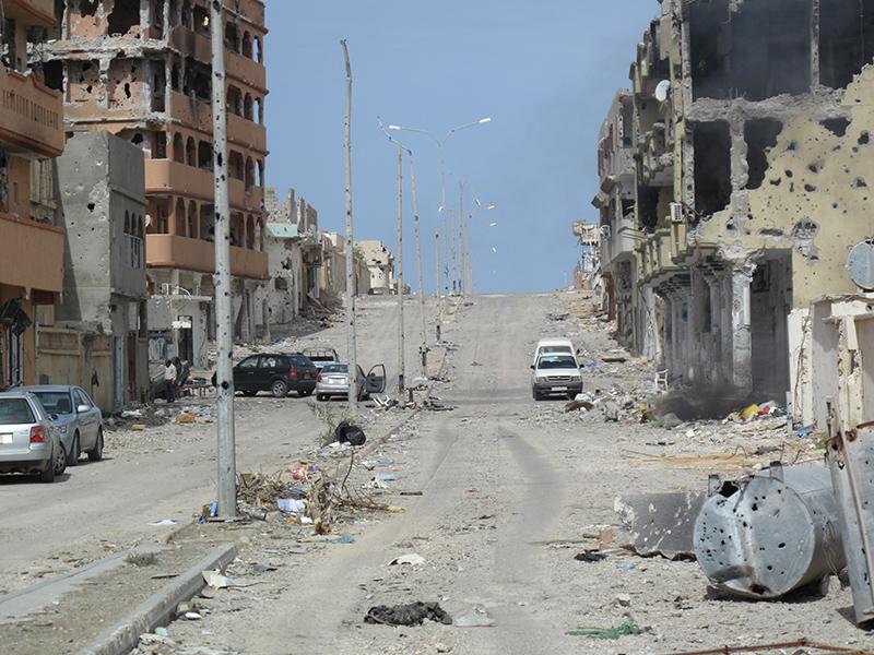 Alfredo Macchi è uno dei primi giornalisti ad entrare a Sirte dopo 4 settimane di battaglia